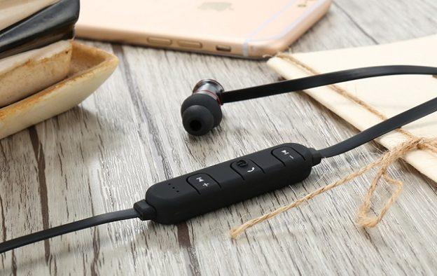Bluetooth ヘッドセット RAXFLY を買ってみた